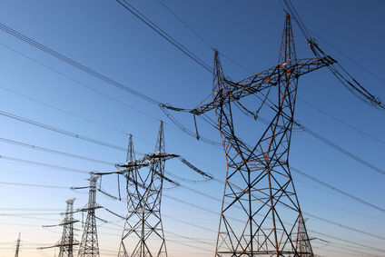pylones electriques et lignes à haute tension