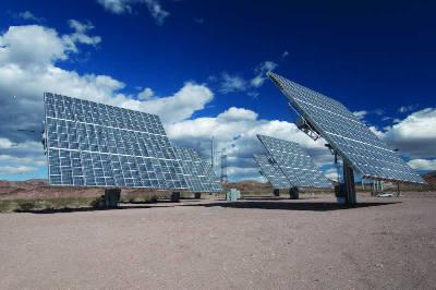 structure mobile solaire photovoltaïque a concentration