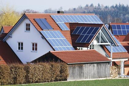 maison panneaux photovoltaïques