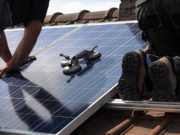 installation panneaux photovoltaiques sur toiture