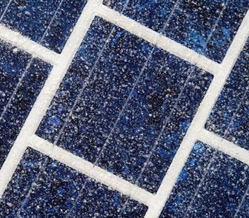 Panneaux solaires pour route.